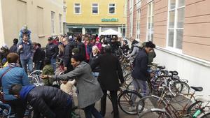 Alla cyklar säljs i befintligt skick och det är säljaren som sätter priset, varav 80 procent går till säljaren och 20 procent går till Baptistkyrkans barn- och ungdomsarbete.