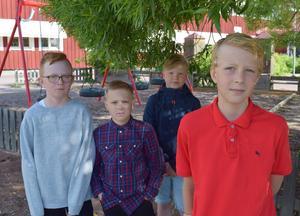 Alfred Gärdsback, till höger, framför kamraternaNikls Danielsson, Edvin Heed och Jonathan Bylehn Anngård.