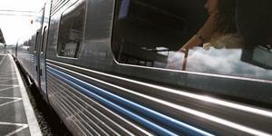Sverige behöver mer järnväg, skriver debattörerna.