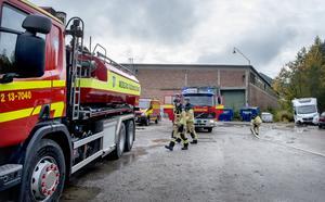Tre räddningstjänststyrkor var på plats för att bekämpa branden i Svartviks industriområde.