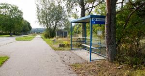 En skolskjuts mellan Arboga och Medåker tar inte 20 minuter, menar insändarskribenten.