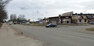 För att kunna bygga ett sammanhängande bostadsområde längs Södra Hamnpiren i framtiden finns det ett förslag om att låta Södra Skeppsbron svänga höger i höjd med utfarten från Tredje tvärgatan och gå i Riggargatans nuvarande sträckning.