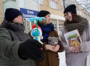 Under dagen kommer det även pågå julpyssel med återanvänt material samt att arrangörerna kommer hjälpa till med att ta hand om gamla leksaker som innehåller gifter.