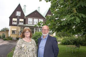 Det går fortsfarande att söka in på Sjöviks vårdbiträdesutbildning meddelar Anita Leanderson.
