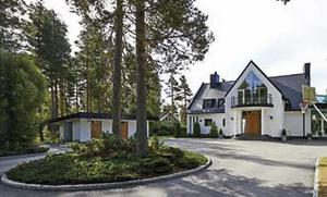 Villa Varvet fungerar som en rymlig sommarstuga.
