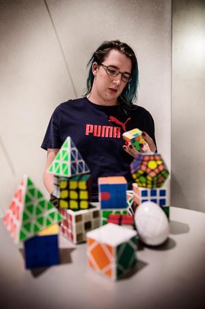 På högstadiet löste Lukas Forsberg en kub för första gången.