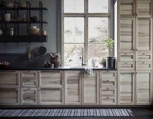 Nya köksfronterna Torhamn från Ikea ger en känsla av hantverk och tradition.