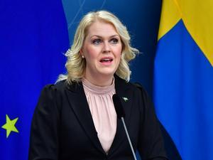Arkivbild. Socialminister Lena Hallengren håller pressträff om vaccin, fredagen den 16 april vid 08.10.