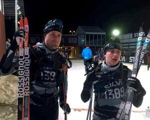 Först i mål på tiden 04:28:16 - Christofer Eriksson och Oskar Brandt.Foto: Privat