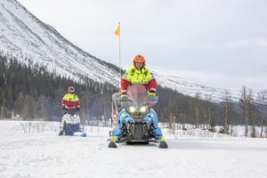 Fjällräddarna gör avgörande insatser och behöver goda villkor, skriver Per Åsling (C). Foto: Helena Larsson / TT