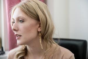 """""""Det har varit min akilleshäl, att jag inte vill att det ska synas att jag mår dåligt"""" säger Heidi Lundgren."""