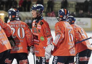 Kasper Milerud gjorde en stark match – men fick dessvärre lämna Sävstaås i en ambulans.