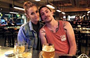 Efter drygt två år i Oslo är det dags att jobba i den thailändska värmen igen, tycker Elin Runnberg och pojkvännen Marsh.