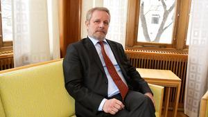 Det finns ingen hotbild mot expojkvännen i anslutning till hovrättsförhandlingarna bedömer Erik Brattgård som är hovrättspresident.
