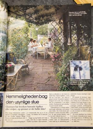 Den inglasade utbyggnaden på 36 kvadratmeter, även kallat Tropicana av familjen Bryngelsson, uppmärksammades av en dansk inredningstidning i början på 1980-talet. Glasskivorna är hopsatta med särskilda stålbeslag som var helt unika på sin tid.