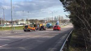 Två bilar krockade på Vasagatan vid Rocklunda motet på fredagsmorgonen.