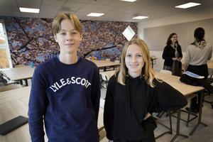 Sjundeklassarna Gustav Lundberg och Iris Klang tyckte att lektionen med skolministern var som en helt vanlig lektion. Skillnaden var att Gefle Dagblad och SVT var på plats.