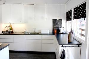 Vitt kök för mer ljus och rymd.