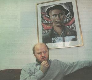 Stig i samband med första intervjun på kontoret i kommunhuset, januari 1999.