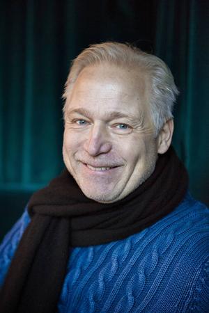 Regissören Hannes Holm.