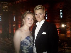NOBEL. Linda Eriksson, 21 år, och Kristian Bransell, 23 år, från Gävle vann en varsin plats på nobelfesten i ett lotteri för studenter.