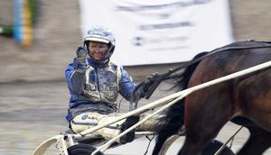 Segergesten sitter perfekt för Kajsa Frick efter segern i Östersunds Stora Damlopp.
