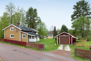 Denna villa i Mockfjärd, Gagnefs kommun, var det tionde mest klickade dalaobjektet på Hemnet under förra veckan. Foto: Eric Böwes