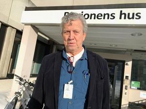 Lars-Gunnar Hultin (V) begär att förundersökningen återupptas i Thelinaffären.