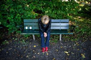 Pressen på unga är stor och många drabbas av psykisk ohälsa. Det är ett tecken på att något inte står rätt till i samhället, anser KDU.