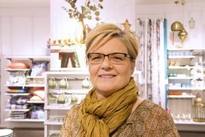 Marie Eriksson, 52, butikschef, Irsta: – Helt underbart! Folk rör sig ute mer, alla är  glada och positiva. Jag går till Global mest.