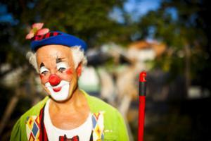 Barnfavoriten Clownen Manne bjöd på en föreställning.