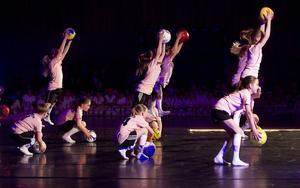 Twinklestars gjorde en dansant fotbollsuppvisning.