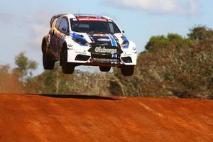 Patrik Sandell slutade trea i Brasilien, trots att han behandlade bilen så här.