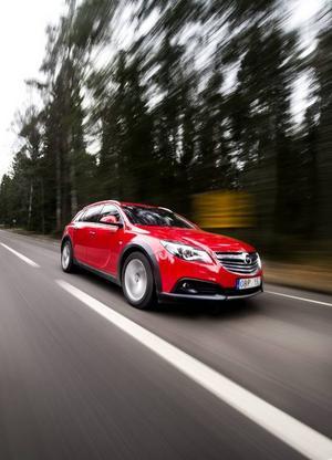 Bildtext 1: Det tog lång tid innan Opel gav sig in i