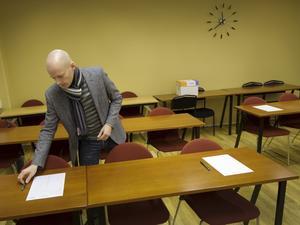 Testledare. Lars Bergqvist Hagstedt är testledare och hoppas på nya medlemmar i Mensa.