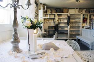 Anette Larsen älskar den vita, lantliga inredningsstilen: