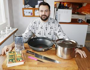 Med bra verktyg, rena matvaror och lite grundkunskap  är det lätt att laga god, nyttig och billig mat, säger kocken Jonas Lexén.