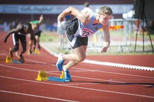 Erik Martinsson från Valbo tävlar vidare i junior-EM på fredagen.