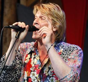 Tommy Nilsson fick publiken att sjunga med honom.