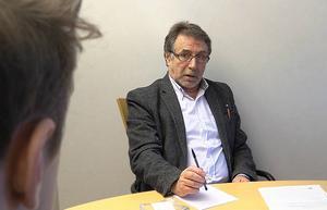 Joao Pinheirio (S) tänker höja skolpengen för förskolan och grundskolan.