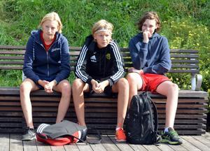 Första matchen gick inte som förväntat. Jonas Öhman, Anders Frisendahl och Alexander Lundh hade bokstavligen för tungt motstånd.