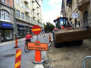 På gång. Järntorgsgatan byggs om, bland annat flyttas cykeltrafiken ut i körbanan.