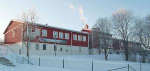 Det blev återremiss i kommunstyrelsen när ärendet om Skattungbyns skola skulle avgöras.