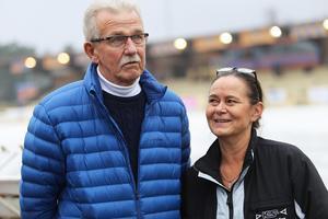 Sören Persson och Ulrika Prytz håller i alla trådar under KOSA Mini World Cup i Bollnäs.