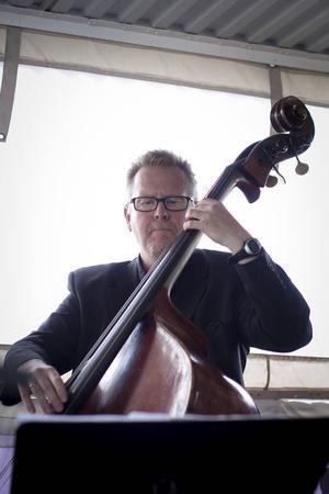 Ove Lundström bjöd på jazziga toner.