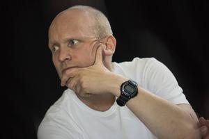 Mattias Åhlén spelar Herr Y i sommarens uppsättning av  Sundborns Teater.