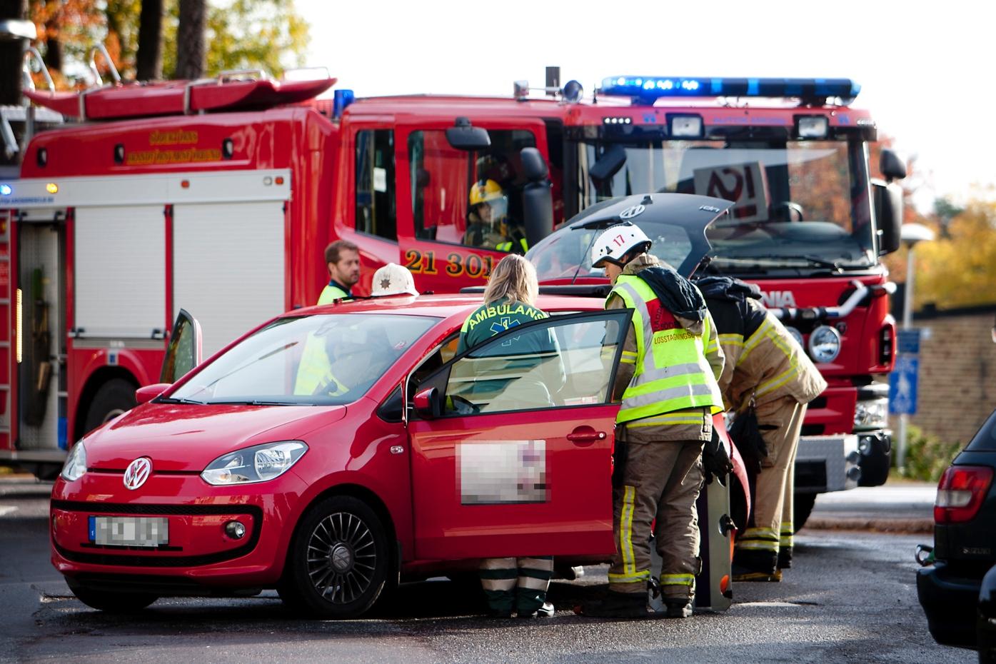 Kvinna skadad i smitningsolycka 6