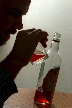 Krökandet ökar. Idag dricker vi drygt nio liter ren alkohol per person och år och konsekvenserna börjar synas, skriver Anna Carlstedt.