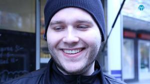 Tom Matzon:- Det är vansinne! Jag kommer att gå och köpa så mycket snus jag kan. Om jag inte får snus så får jag abstinens.