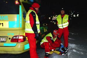 Svensk och norsk ambulanspersonal samarbetade under olyckan vilket var en anledning till att räddningsarbetet flöt på bra enligt Åres räddningschef Anders Sigfridsson. Foto: Elisabet Rydell-Janson